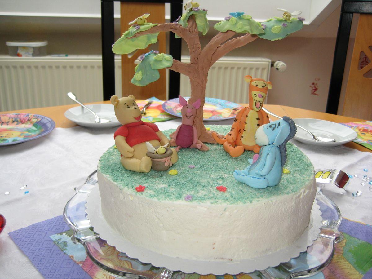 Geburtstage kinder seite 2 for Winnie pooh kuchen deko